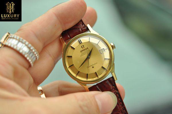 Đồng hồ Omega Constellation bát quái vàng đúc 18k dây da nâu
