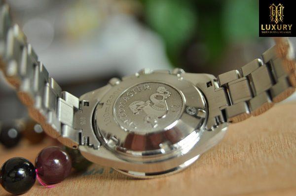Đồng hồ Omega Speedmaster 3211.30.00 Date Chronograph Automatic