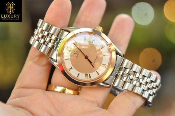 Đồng hồ Omega Speedmaster Classic vàng 18K Silver Dial