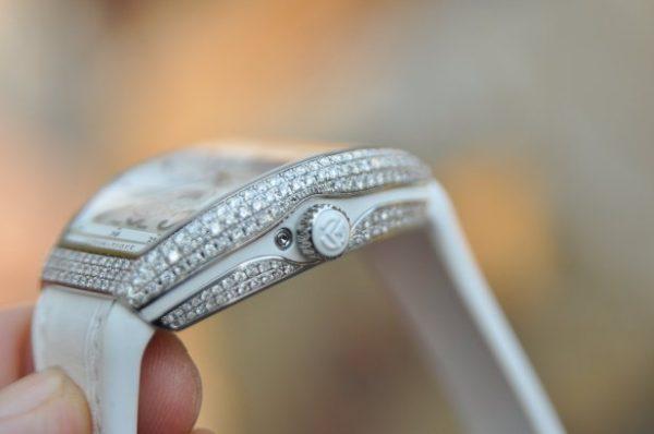 Đồng hồ Franck Muller Vanguard V32 nữ Moonphase mặt trắng viền kim cương