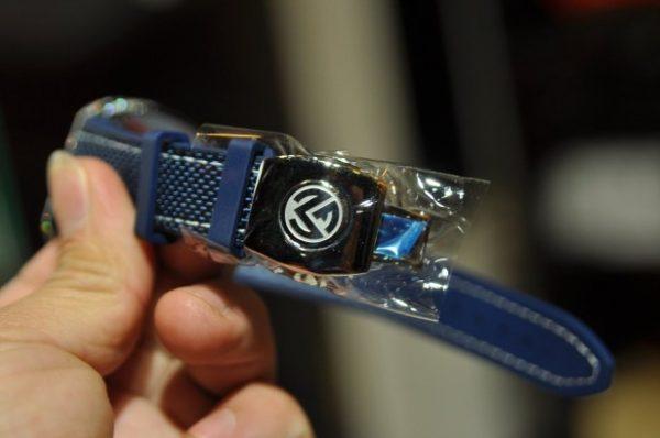 Đồng hồ Franck Muller Yachting V41 nam xanh Navy số kim cương