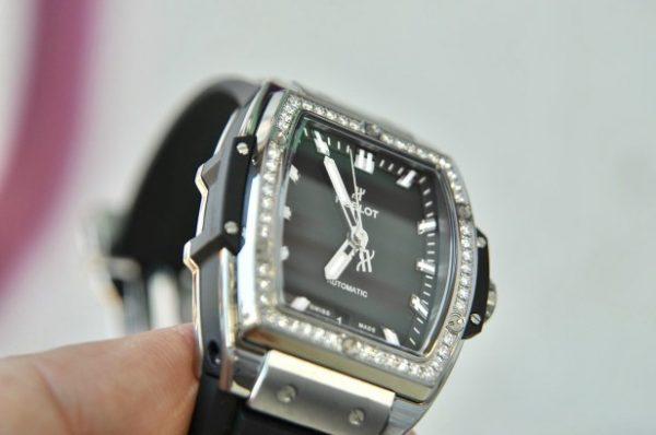Đồng hồ Hublot Big Bang 665.NX.1170.RX.1204 size 39mm