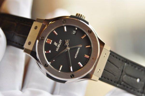 Đồng hồ Hublot Classic Fusion Titanium Automatic 38mm mặt đen