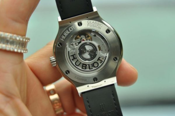Đồng hồ Hublot Classic Fusion Titanium Diamond Automatic mới 100%