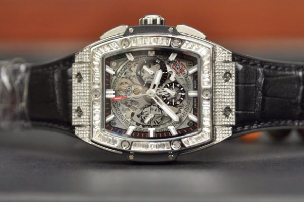 Đồng hồ Hublot Spirit Of Big Bang Chronograph Titanium đính kim cương mới 100%