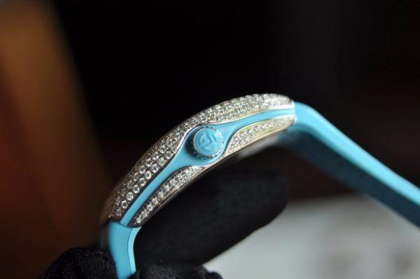 Đồng hồ Nữ Franck Muller Vanguard V32 mặt xanh đính kim cương