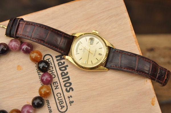 Đồng hồ Rolex 1803 Day Date President mặt phên lụa vàng đúc 18k