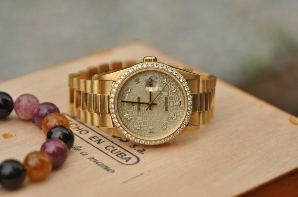 Đồng hồ Rolex 18238 Day Date President mặt vi tính vàng đúc 18k