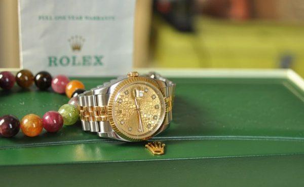 Đồng hồ Rolex 116233 mặt vi tính demi vàng 18k cọc kim cương
