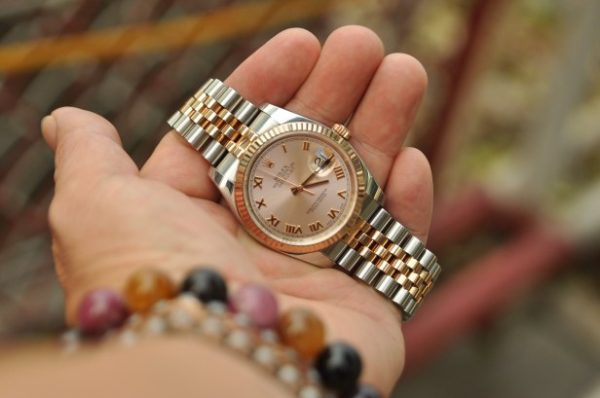 Đồng hồ Rolex Datejust 116231 demi mặt tia cọc số la mã