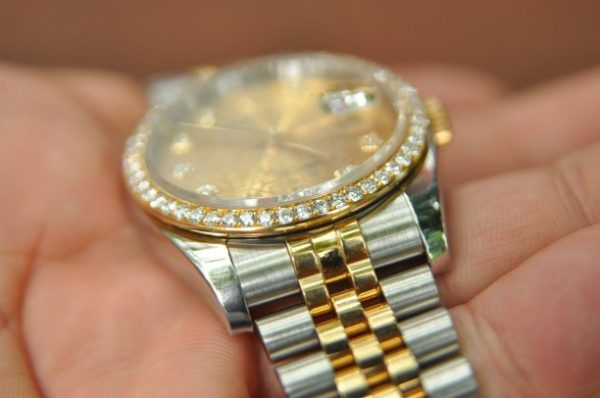 Đồng hồ Rolex Datejust 116243 mặt vi tính đính kim cương zin