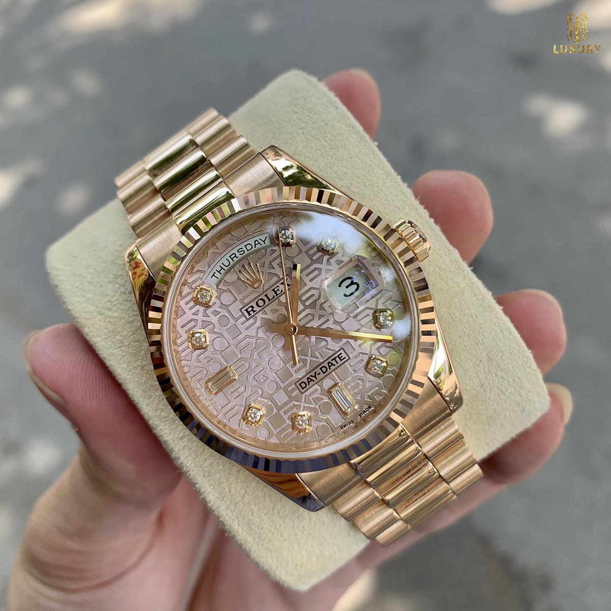 10 chiếc đồng hồ Rolex cũ đáng lựa chọn nhất 2021 Dong-ho-rolex-118235-day-date-cu-mat-vi-tinh-hong-vang-khoi-18k-1