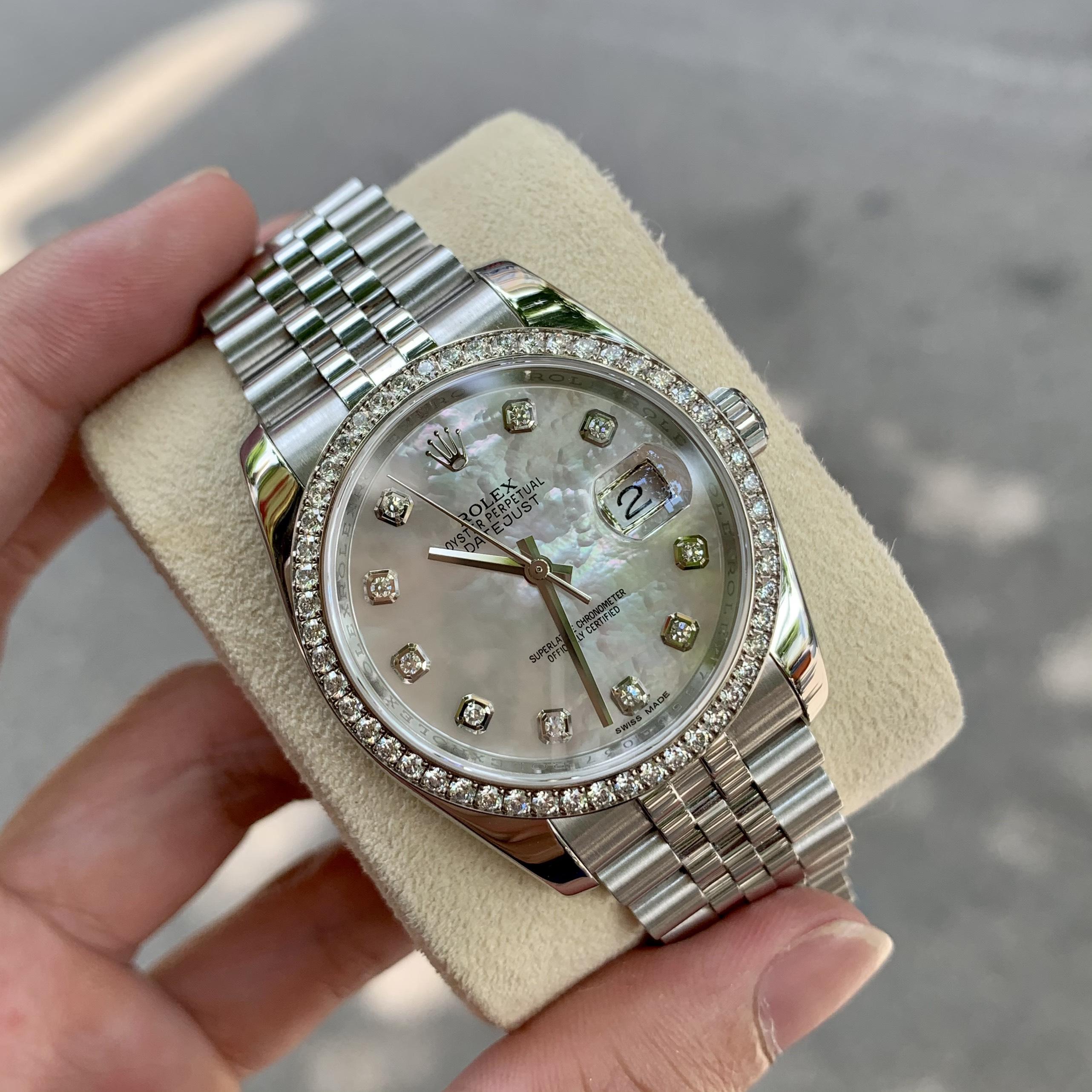 10 chiếc đồng hồ Rolex cũ đáng lựa chọn nhất 2021 Dong-ho-rolex-datejust-116244-mat-kham-trai-trang-diamond-zin-1
